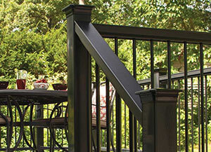 fiberon-horizon-railing-homegrid
