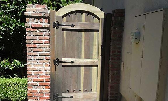 gate-hardware-11