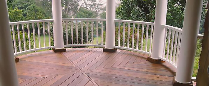 hardwood-decking-mangaris-diamond