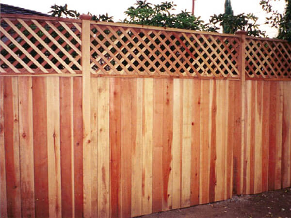 Redwood Hill And Dale Fencing